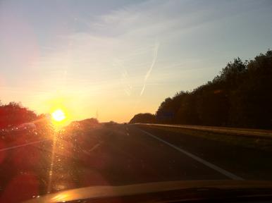 Zonsondergang vanuit de auto - png, 386x288, 1502.7 kB